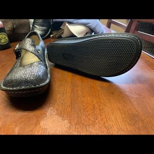 Alegria shoes in good shape
